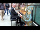 Piano at Saint Pancras impro Coldplay and Radiohead