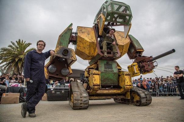 Японцы согласились на дуэль с американцами на гигантских роботах
