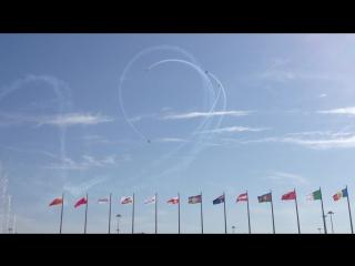 Авиашоу в Олимпийском парке  30.05.15 - Петля Нестерова