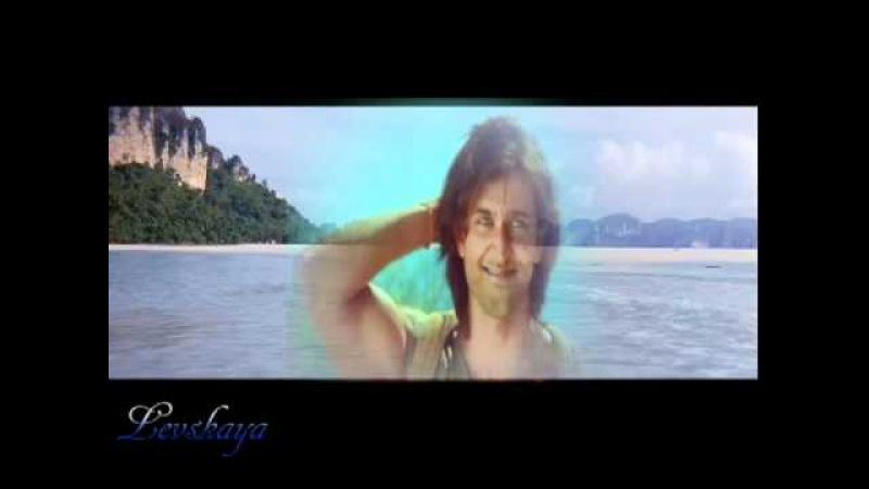 Hrithik Roshan - mix- At the blue sea.avi