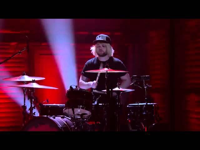 Royal Blood - Figure It Out (Live Conan OBrien)