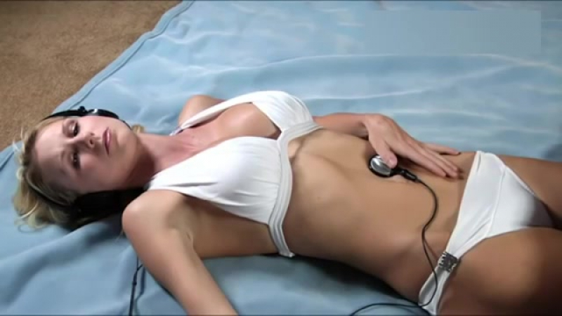 Starving woman Belly Sounds