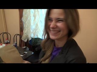 Ангелина Гортуева рисует редакцию Битвы Экстрасенсов