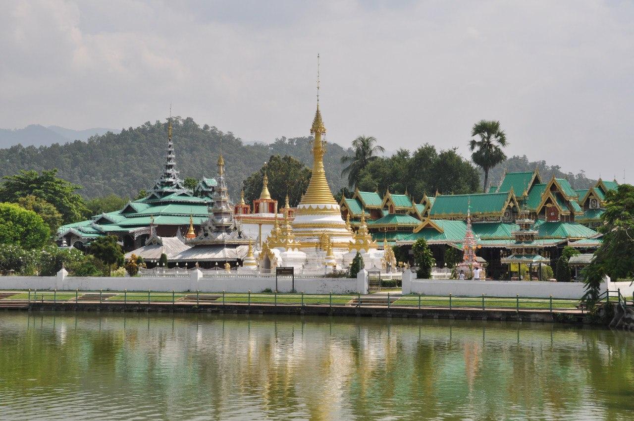 храм Wat Chong Klang