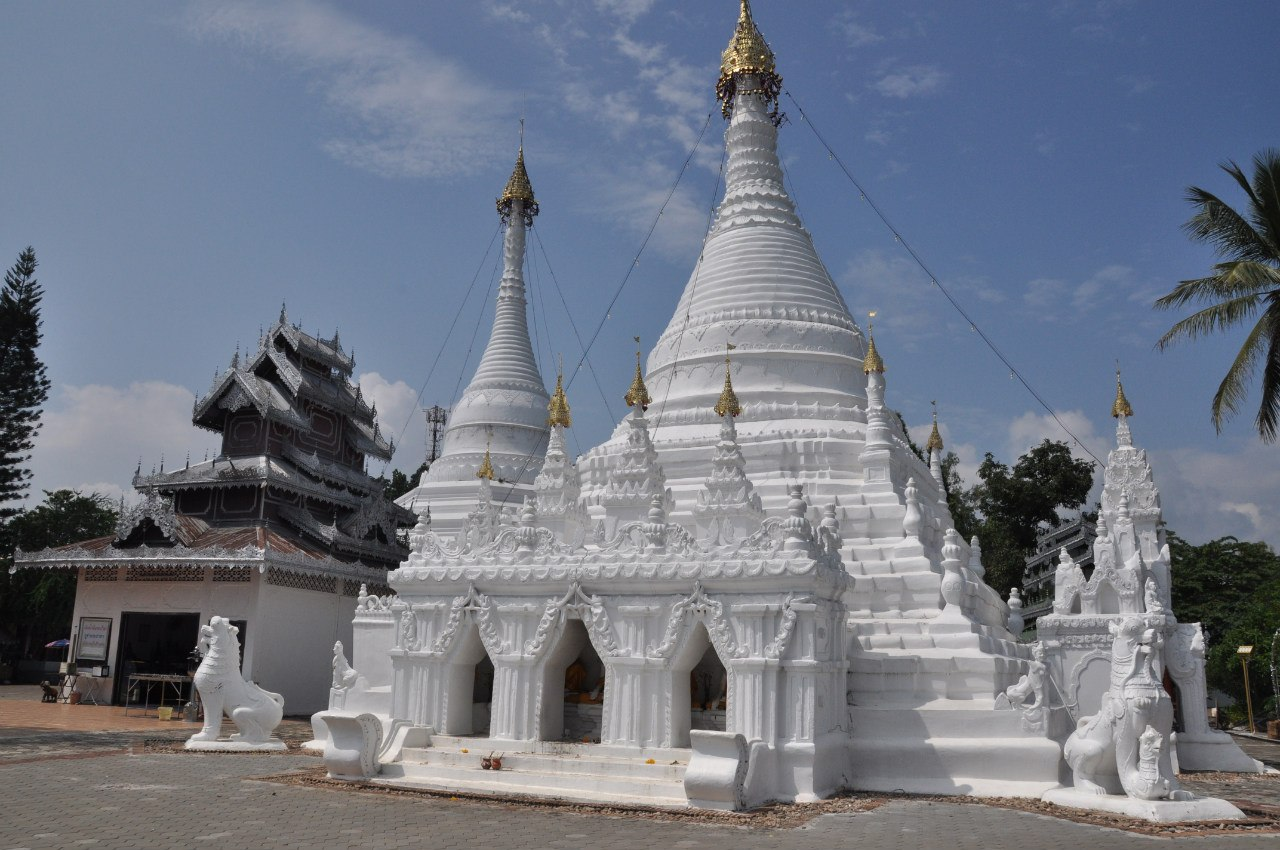 храм Wat Doi Kong Mu