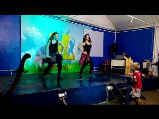 YL - Танцоры (Яна и Аля)