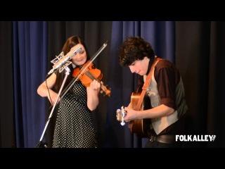 Folk Alley Sessions: Qristina & Quinn Bachand -