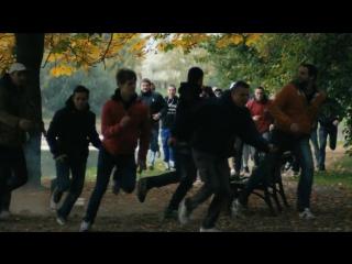 Околофутбола (фильм) - Драка в парке (Лучшие моменты)