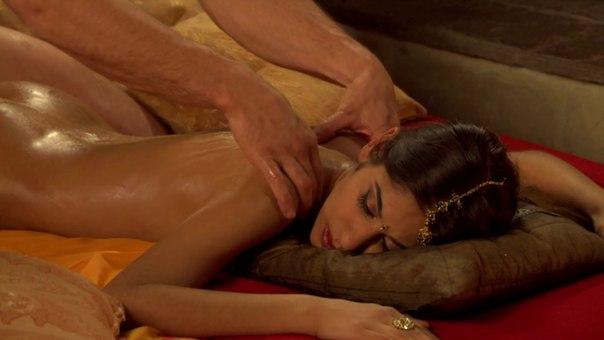 Как сделать правильно девушке эротический массаж