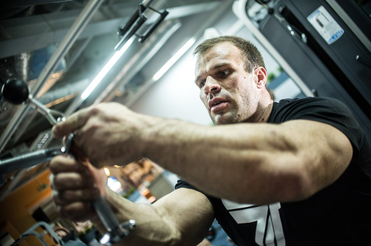 Denis Cyplenkov - focus training  │ Photo Source: Trec Nutrition