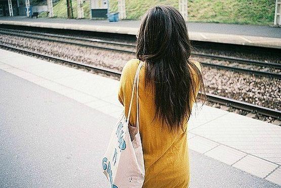 фото красивой девушки ззаду