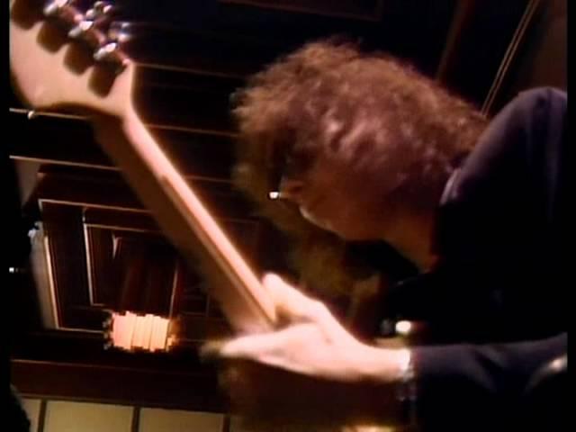 Hear N' Aid - Stars (1986)