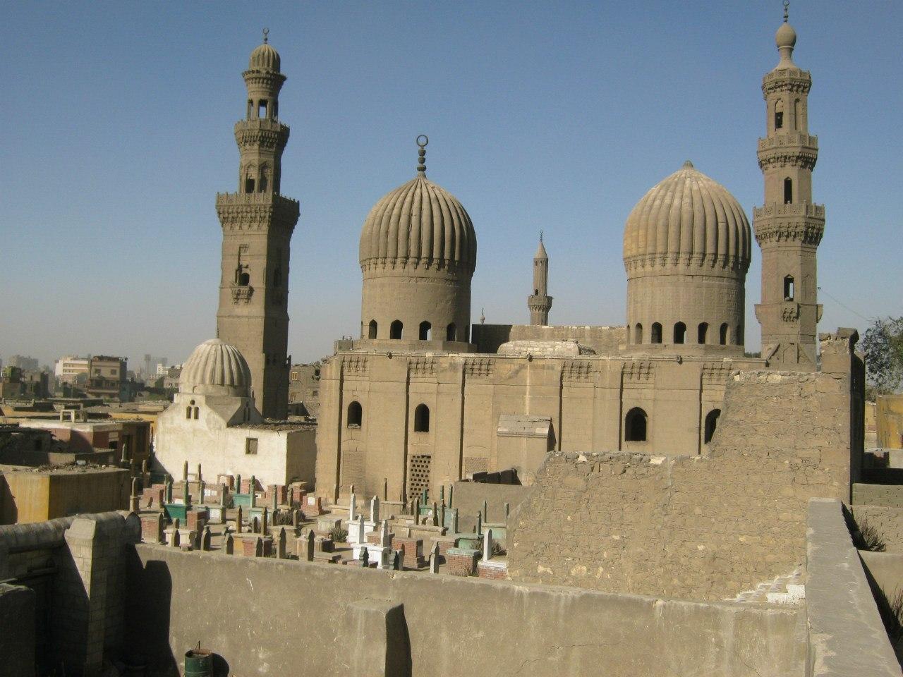 мавзолей султана в центре Каира