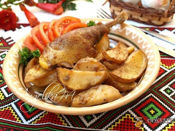 Курица в горчичной шубке запечённая с картофелем Предлагаю вам приготовить в духовке очень вкусную курочку в горчичной шубке. Это отличный вариант для завтрака или ужина.