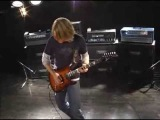 Andy Timmons Beautiful, Strange (Young Guitar)