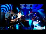 Oasis - Let There Be Love (Live on Top Of The Pops 20th November 2005)