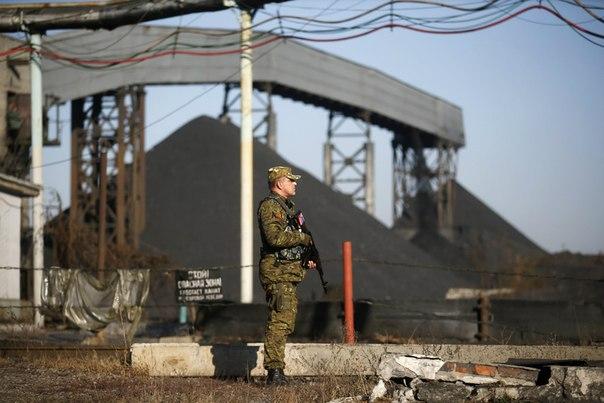 Ополченцы отбили шахту Коммунар