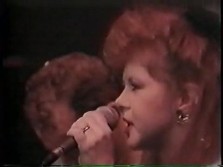 The.Pogues.and.Kirsty.MacColl.Fairytale.of.New.York.1987