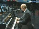 MC Put In plays piano [ edge_67/putine]