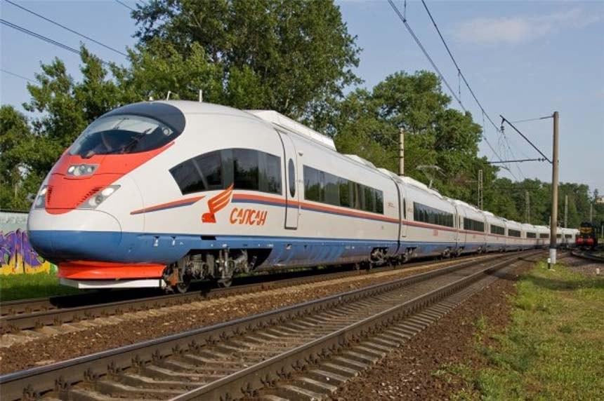 Поезд Таллин — Москва могут пустить через Санкт-Петербург