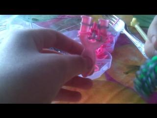 Мой первый видеоурок по плетению из резиночек.Браслет сердце ангела