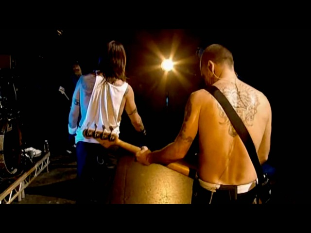 Red Hot Chili Peppers Don't Forget Me Live at La Cigale