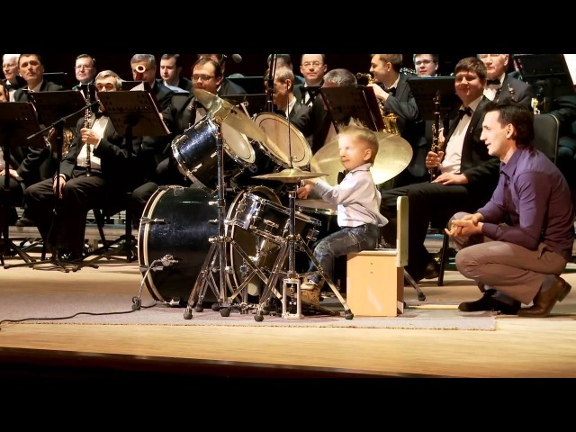 Выступление с концертным духовым оркестром dscnegktybt c rjywthnysv le[jdsv jhrtcnhjv