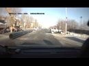 Труба сносит машину в Тюмени Ветеранов Труда Пункт назначения 7 09 11 15