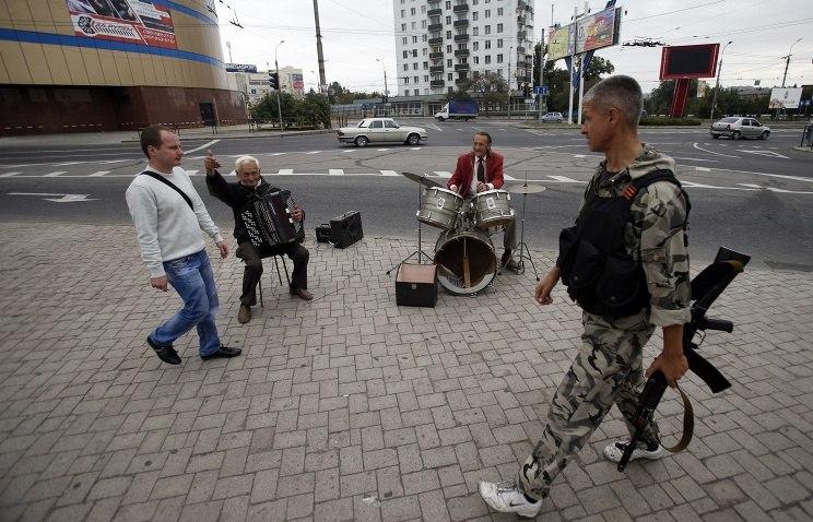 Уличные музыканты у Золотого Кольца