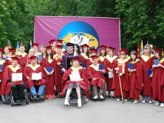 Фактор жизни - Высшее образование для инвалидов: где лучше?