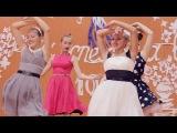 Потрясающий танец от старшеклассниц на День учителя