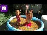 Ищем сюрпризы игрушки в бассейне с ORBEEZ шариками Орбиз Challenge surprise toys unboxing