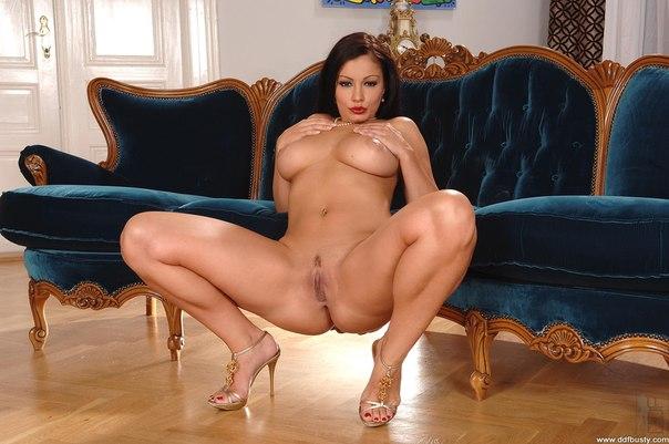 ariya-dzhovanni-porno-zvezda