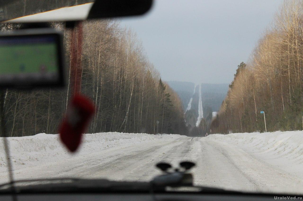 Дорога в поселок Синегорский