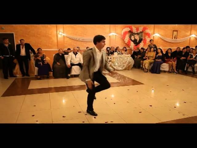Вася Зуба Танцует Венгерку