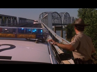 Служители закона (1999)