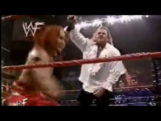 Gangrel vs. Essa Rios with Lita