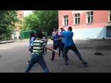 Школьные драки малолеток | Крутая подборка разборок школьников | Приколы за ноябрь 2015