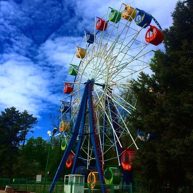 Анонс мероприятий в парке имени Горького в городе Таганроге на этот уикенд
