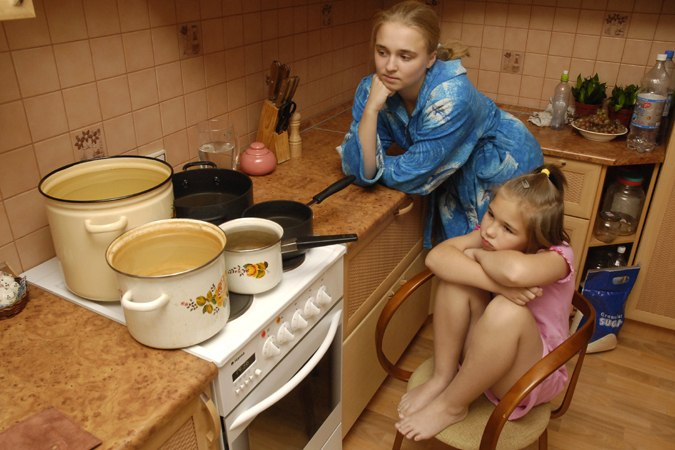 «Приятная» новость для жителей Русского поля – горячей воды не будет 10 дней!