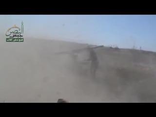 جيش النصر__تجمع صقور الغاب__استهداف مقرات الأمن والشبيحة المتواجدة في محردةبصواريخ الغراد 15-8-2015