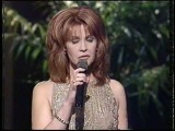 Lonely Too Long - Patty Loveless - Awards performance - live vocal