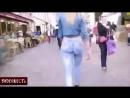 По улицам в нарисованных джинсах ВИДЕОЖЕСТЬ