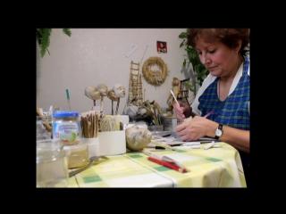 Наташа Лопусова-Томская и её куклы.