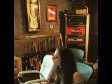 Лора в студии звукозаписи, октябрь 2015.