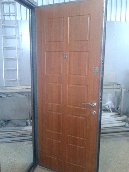 стоимость установки металлических дверей в подъезде