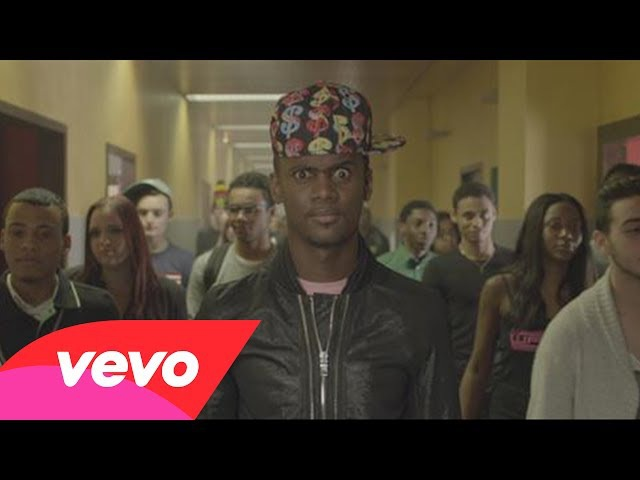 Black M - Mme Pavoshko (Clip officiel)