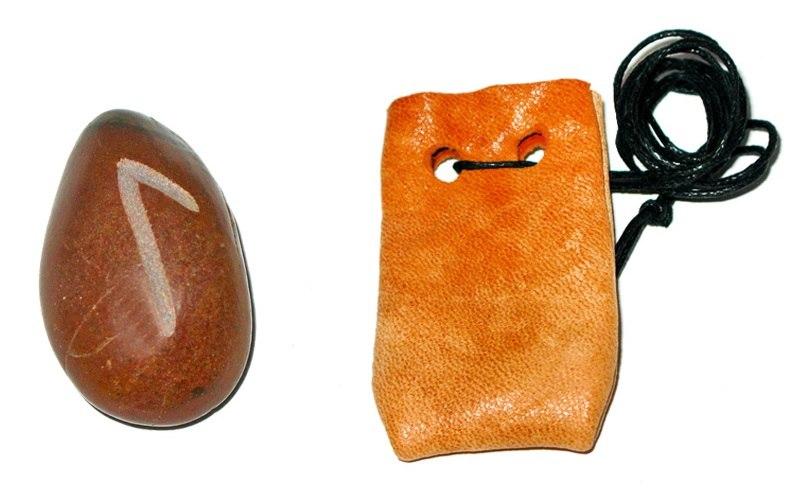 Рунические амулеты, талисманы ( камень ) с магическими программами.  EHIMoq8yo8s
