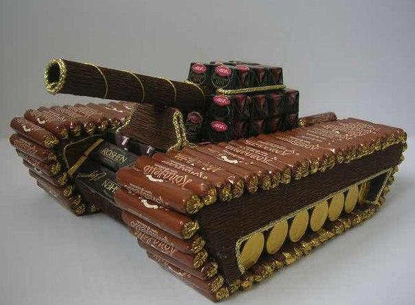 Танк из конфет мастер класс