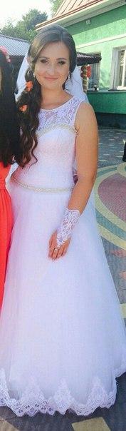 Продам весільну сукню,надзвичайно зручна,підійде на